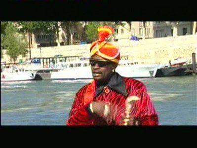 Vídeo de gostosas africanas dançando no palco