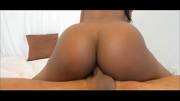 Porno morena gostosa sentando na rola